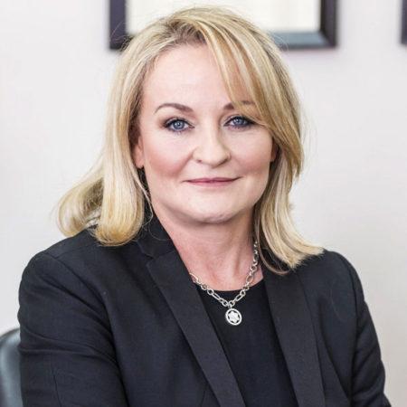 Adriané Ludorf - Managing Director